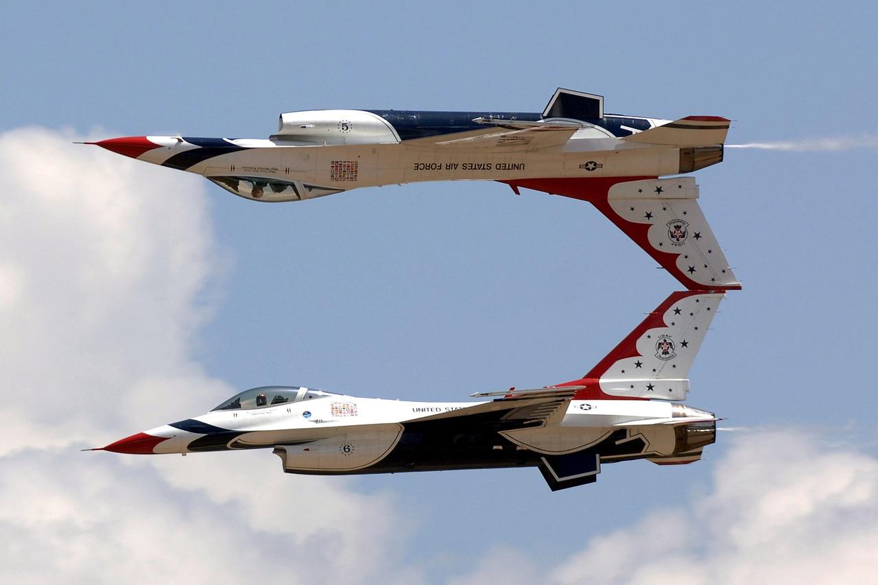 jets-801665_1280